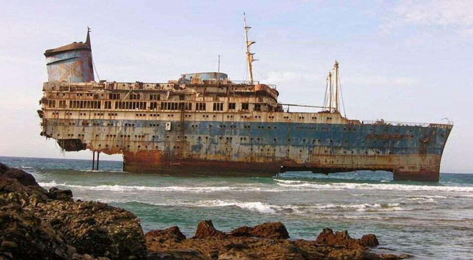 Doze navios naufragados, imagem do navio naufragado ss america