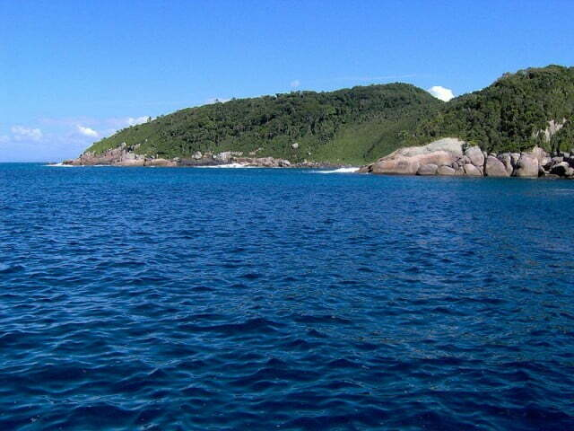 Áreas marinhas protegidas e sua importância, imagem da Unidade de conservação do Arvoredo, em Santa Catarina