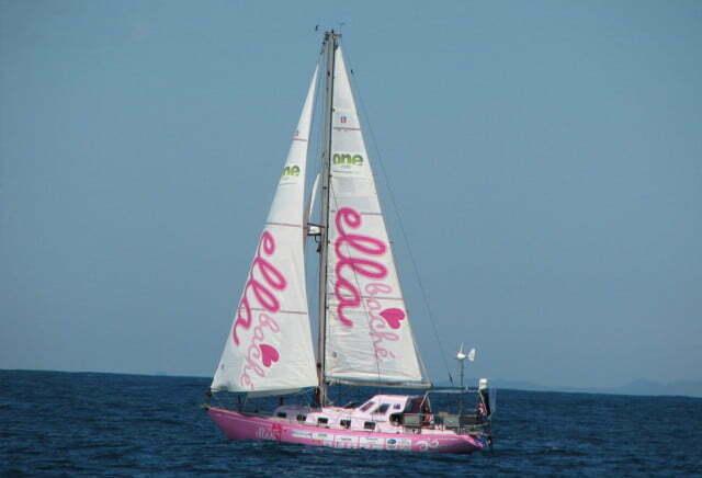Garota de 16 anos faz volta ao mundo,imagem de veleiro de garota mais jovem a dar a volta ao mundo de barco