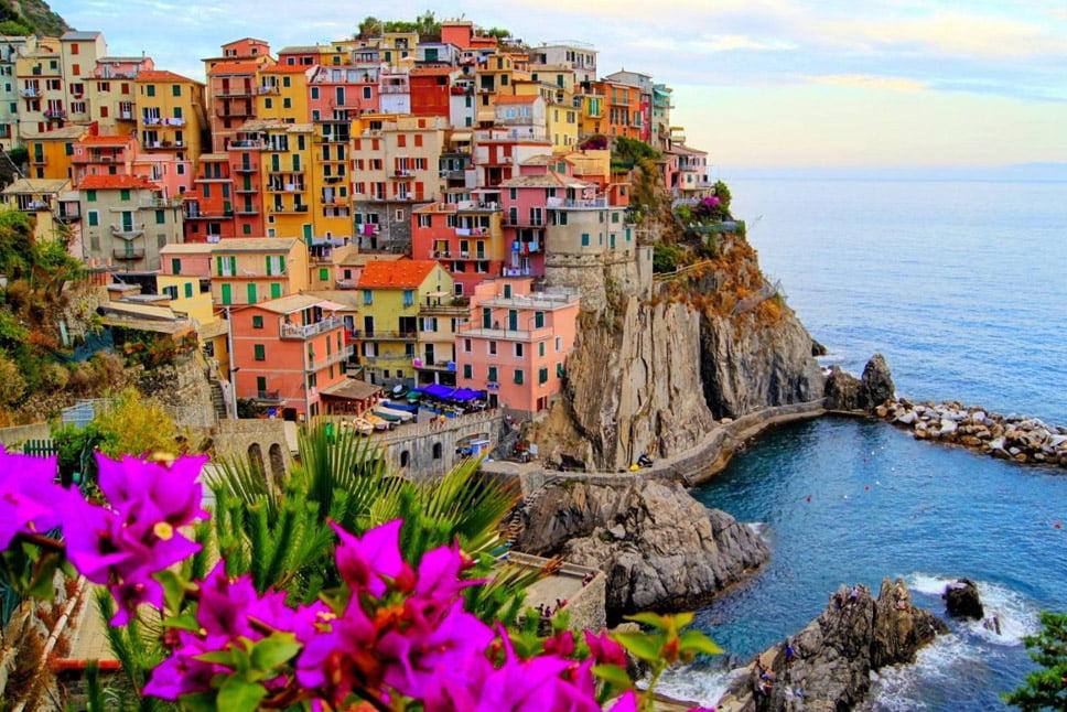 imagem linha costeira na Itália