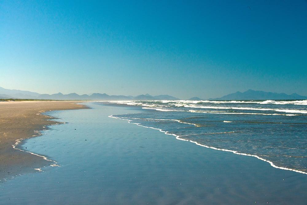 imagem da praia praia-Deserta, Parque Nacional do Superagui, Paraná
