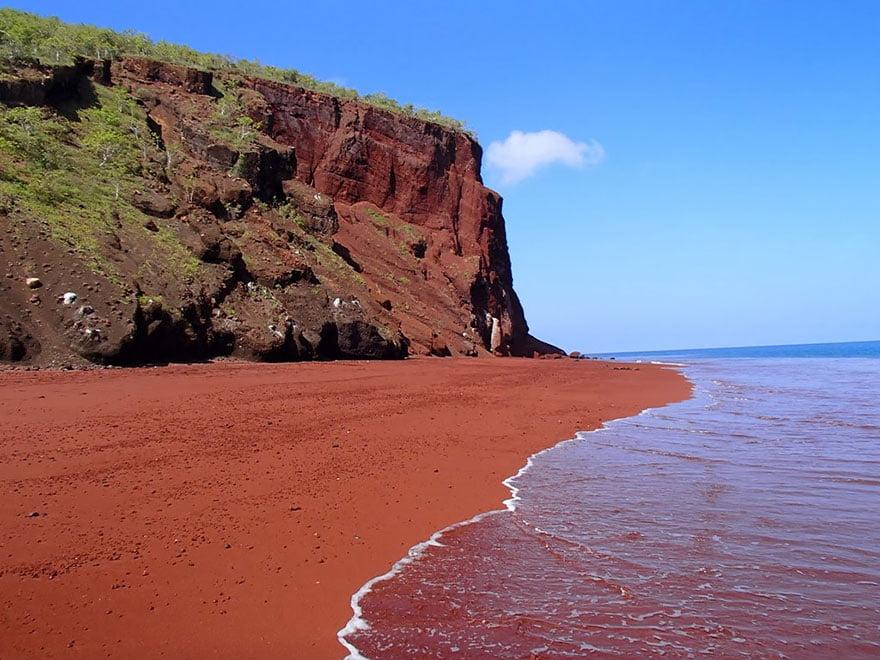 As praias mais diferentes do mundo, imagem de praia em galápagos