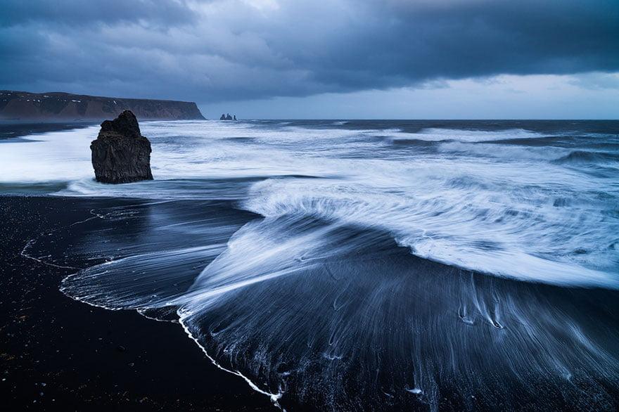 As praias mais diferentes do mundo, imagem de praia na islandia black