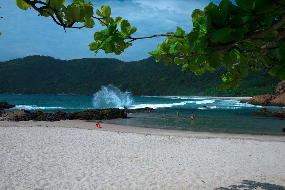 a-praia-caxadaço-APA de Cairuçu