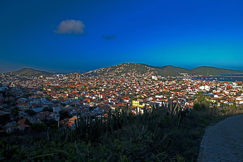 Reserva Extrativista do Arraial do Cabo, Rio de Janeiro imagem do-adensamento-na-cidade