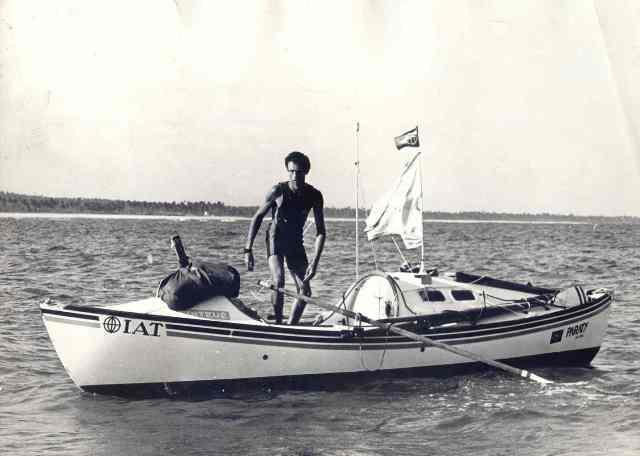 Museu Nacional do Mar, imagem de amyr klink no barco a remo