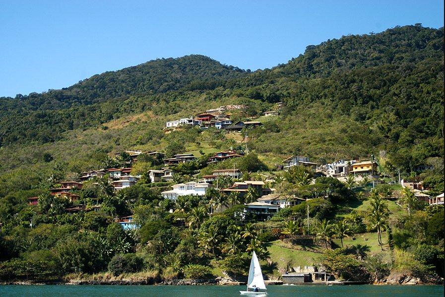 imagem da especulação imobiliária em Ilhabela
