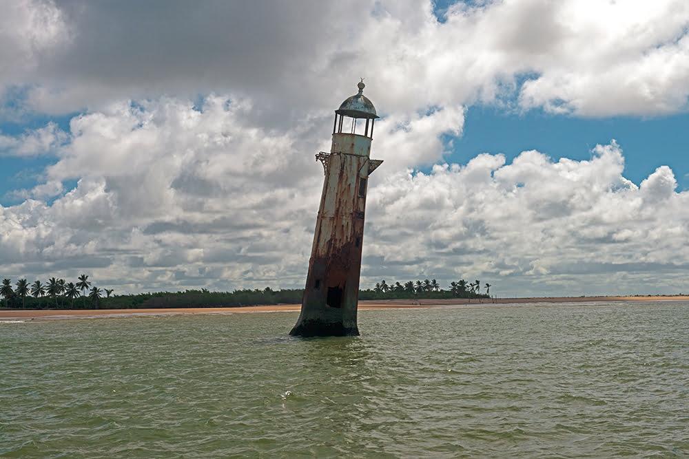 APA de Paiçabuçu, imagem do farol do cabeço, rio s francisco