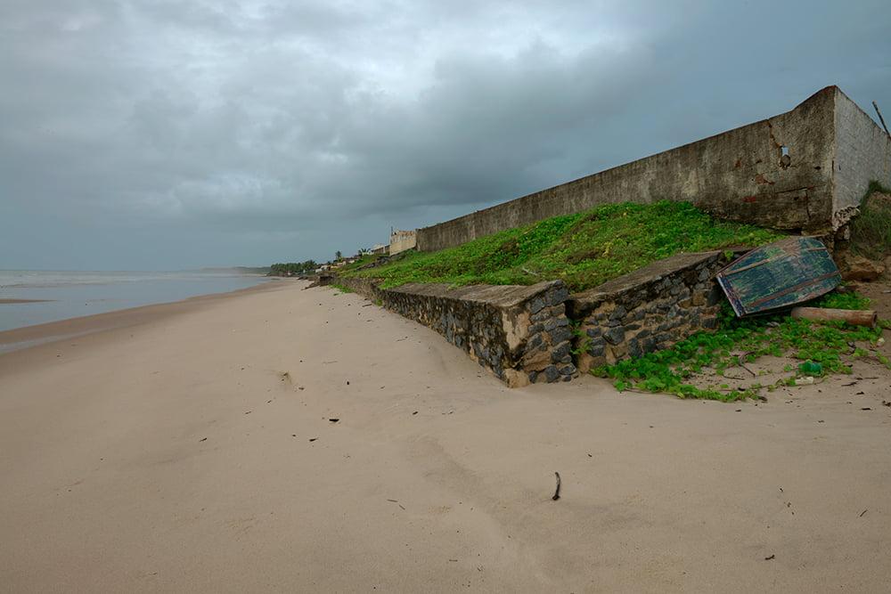 ARIE e APA do Mamanguape, imagem de erosão na praia da Campina