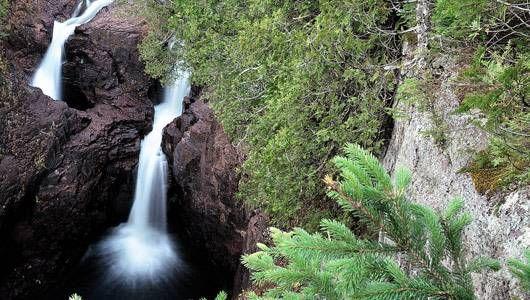 Cachoeira sem fim, imagem de cachoeira