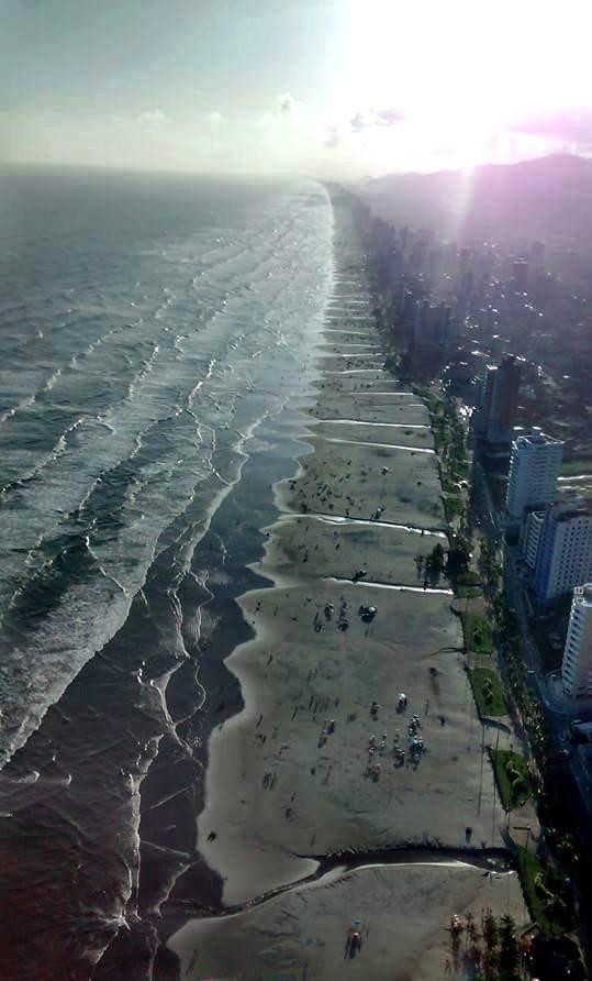 Praia Grande e esgoto, imagem de esgoto na praia grande, SP
