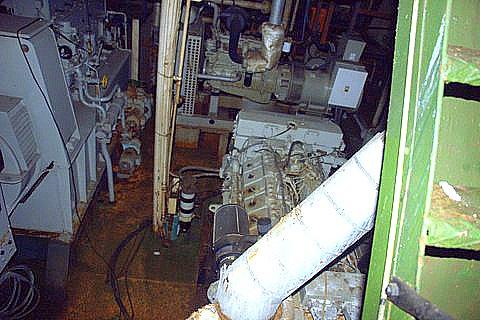 Navio Prof. W. Besnard, afundando nossa história, imagem do porão do navio Prof W Besnard