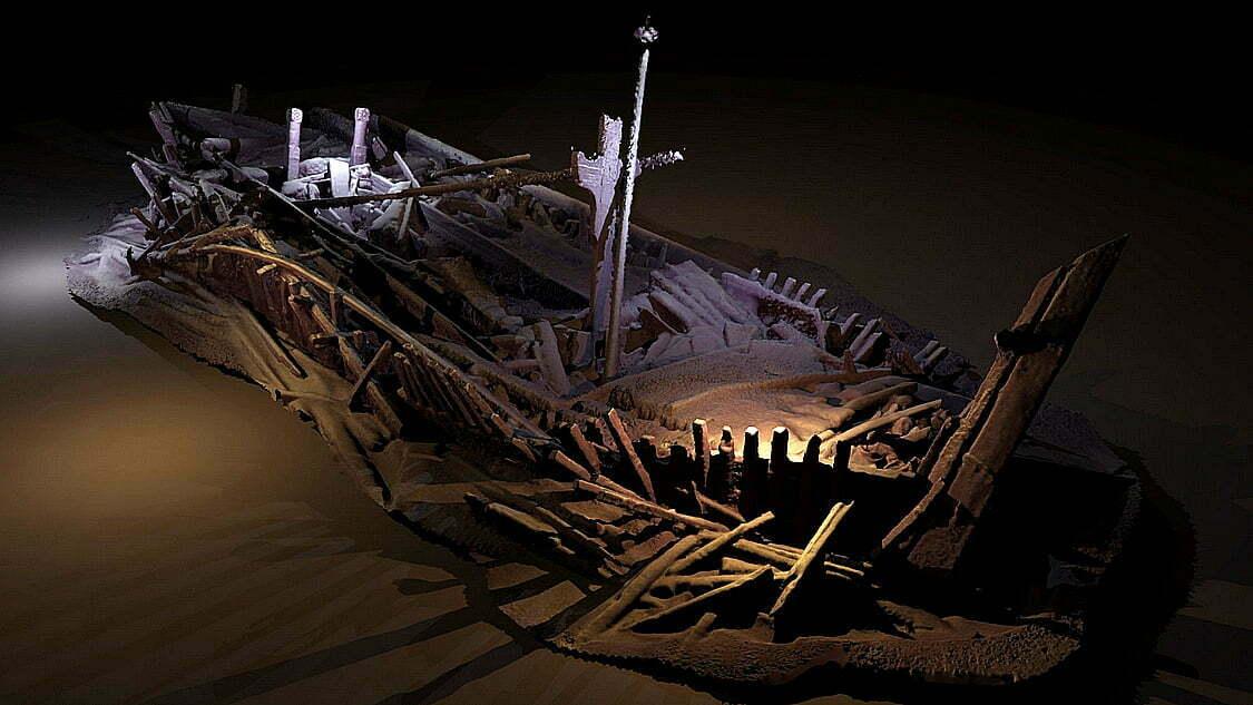 navio do século XIII, imagem de navio-veneziano naufragado no mar negro