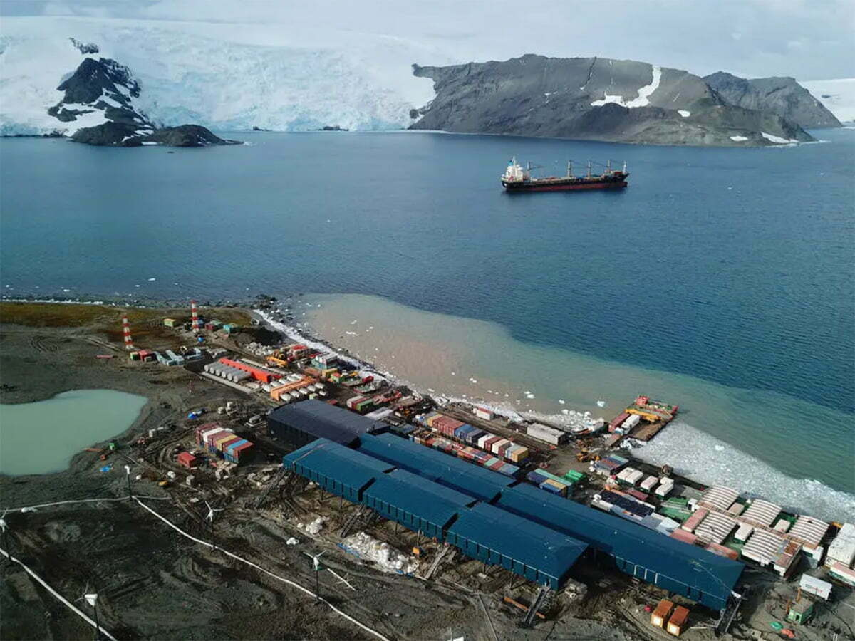 imagem da nova base brasileira na antártica