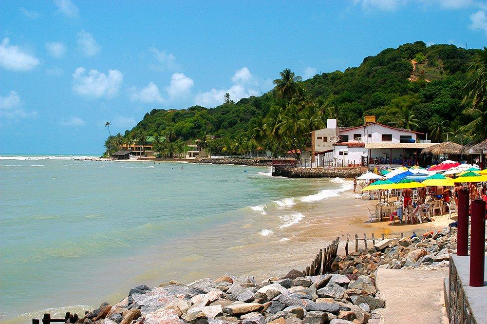 Turismo desordenado, imagem da praia de Pipa, RGN