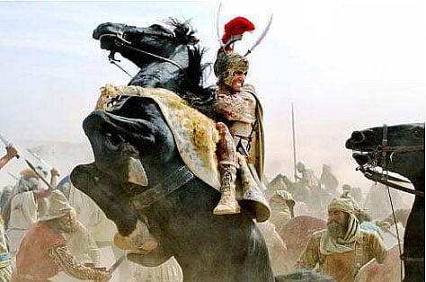 ilustração de alexandre guerreando a cavalo