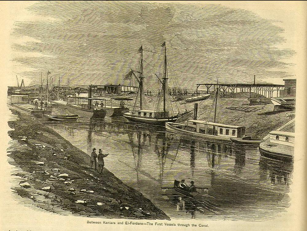 imagem de foto antiga do canal de Suez