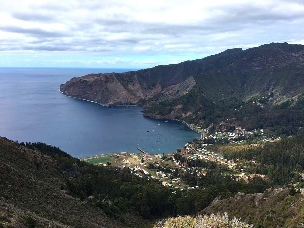 Viagem da Kika, diário de bordo Nº 6, imagem da ilha robson crusoe