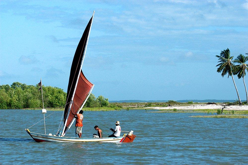 Litoral norte do Maranhão, imagem de canoa à vela