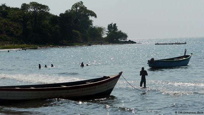 Aquecimento global ameaça Patrimônios Nacionais, imagem do lago Niassa, Malaui