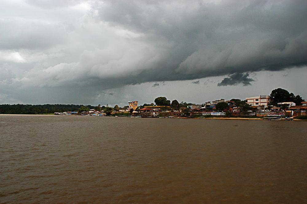 O litoral do Amapá, imagem da cidade do Oiapoque