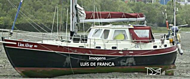 imagem do barco de turista assassinado em São Luis
