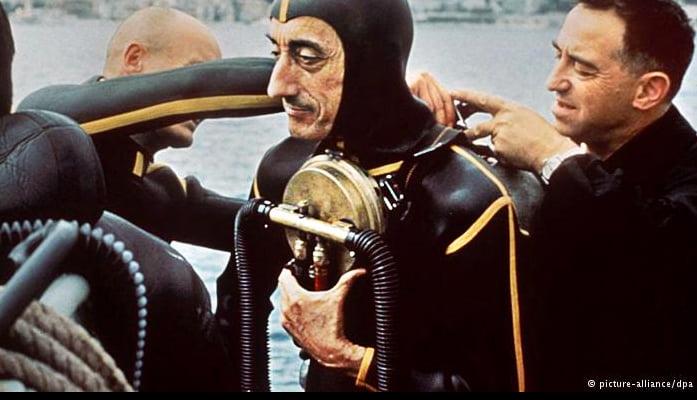 Jacques Cousteau, um surpreendente inventor, imagem de cousteau em traje de mergulho