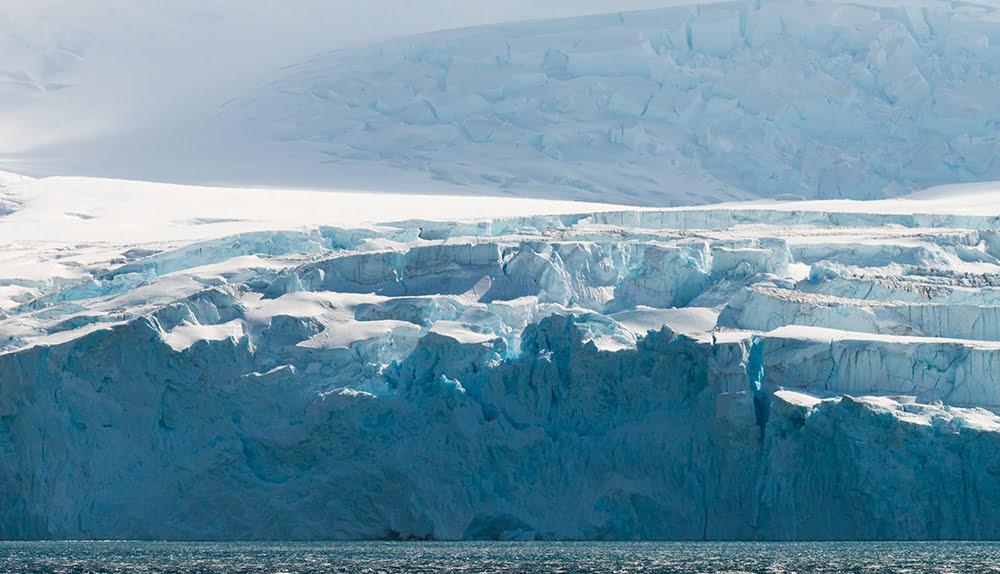 imagem de geleira na antártica