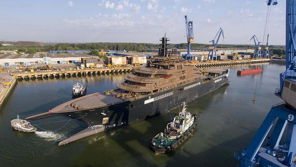 imagem do navio REV Barco de pesquisa e limpeza