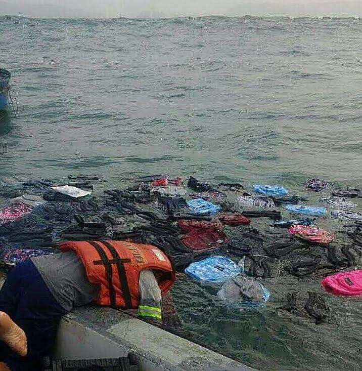 navio derruba contêineres, poluição gerada por navio que derrubou contêineres no mar