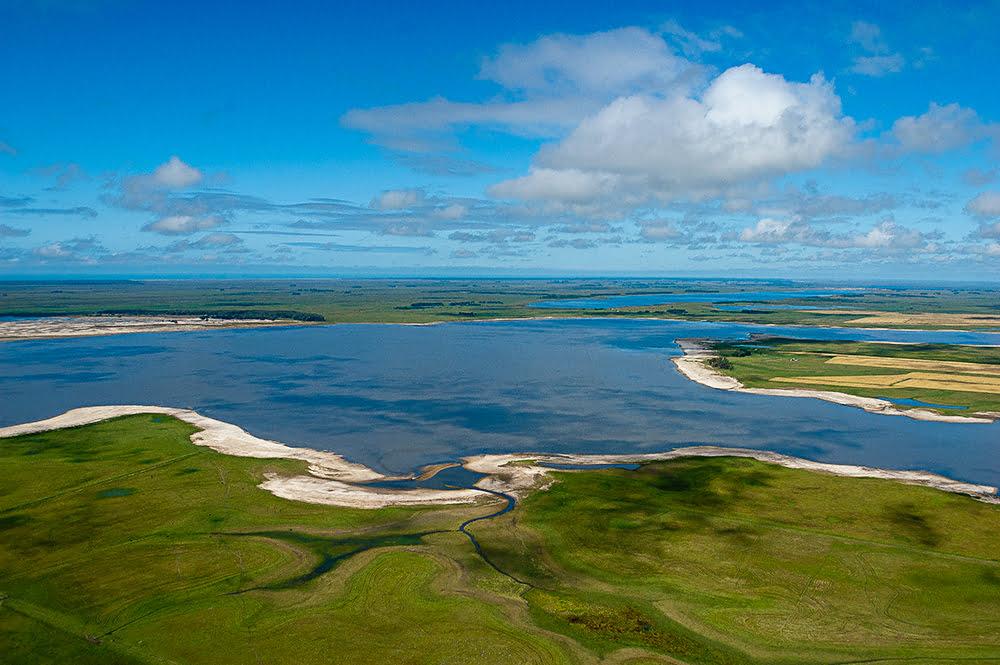 imagem aérea das lagoas do litoral do Rio Grande do Sul