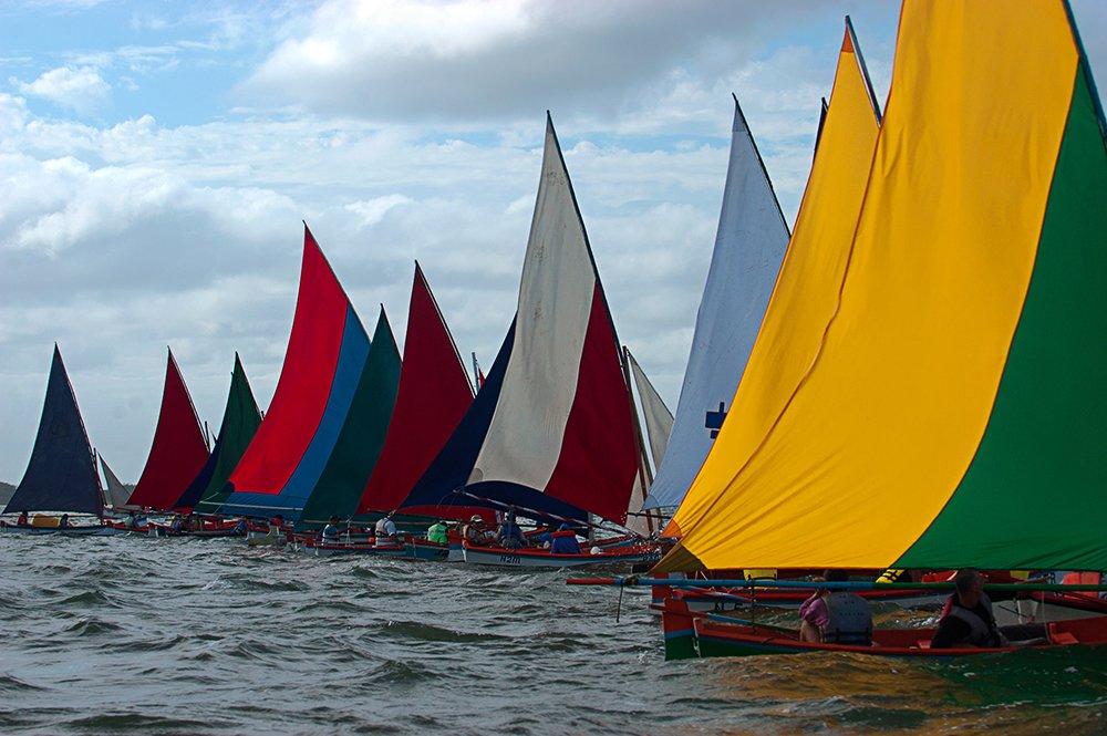 imagem de regata de Caícos na Lagoa dos Patos