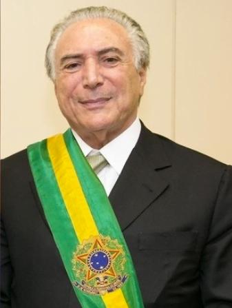 Imagem de Michel Temer com a faixa de Presidente