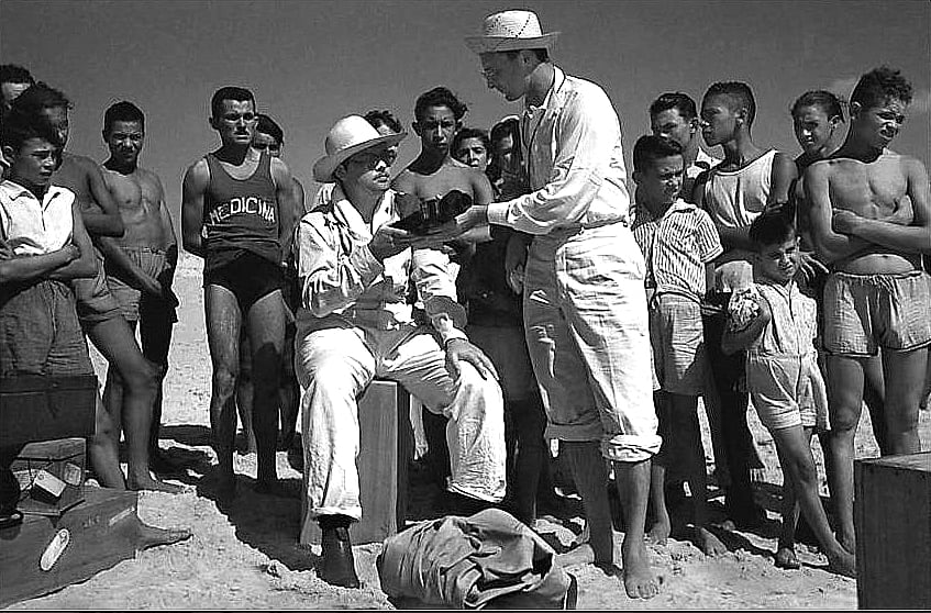 imagem de Orson Welles e pescadores no Ceará
