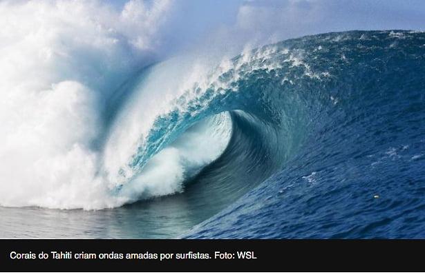 imagem de ondas do Taiti