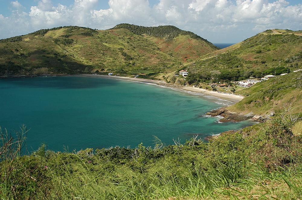 imagem da praia Brava, Búsxios ilustra post o litoral de Búzios - Macaé - Cabo Frio - Baía da Guanabara