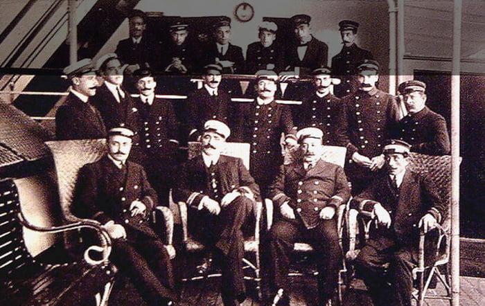 imagem da tripulação do Príncipe de Astúrias, uma dos maiores naufrágios no Brasil