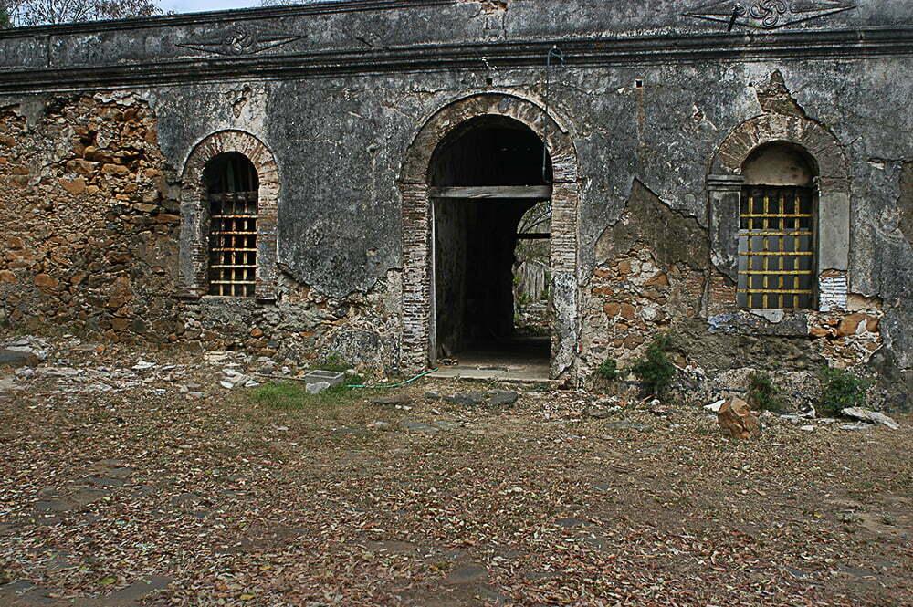imagem de prédio história em Fernando de Noronha