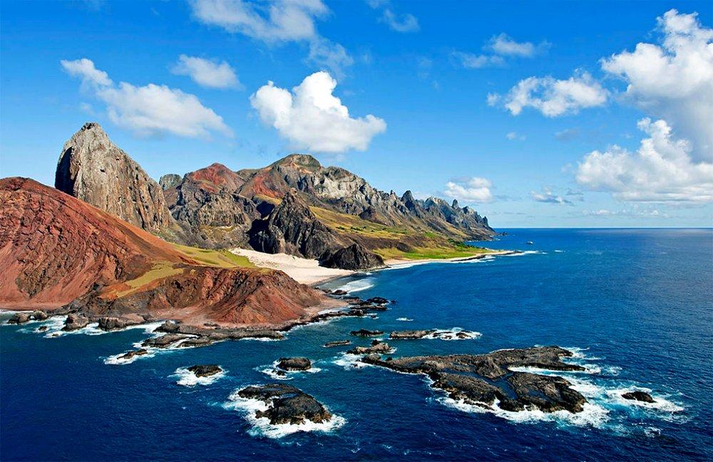 imagem da ilha de Trindade, parte do arquipélago de Trindade e Martim Vaz
