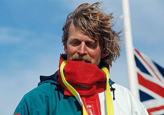 imagem do velejador Peter Blake