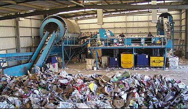 imagem de Oficina de reciclagem do plástico