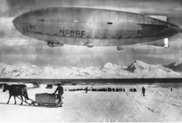 imagem do dirigível Norge de Roald Amundsen