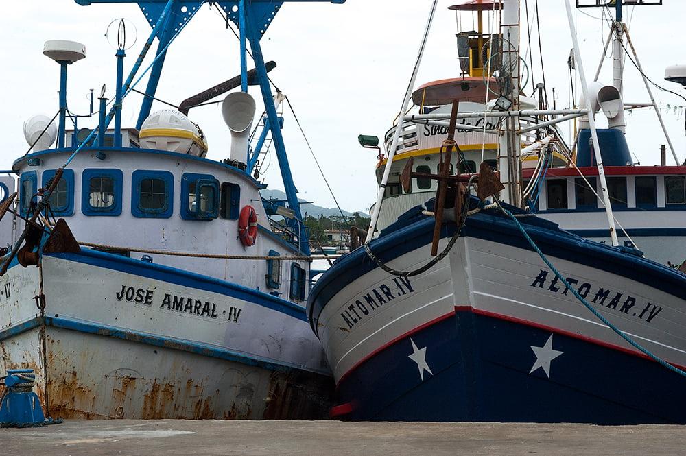 imagem de Barcos de pesca atracados