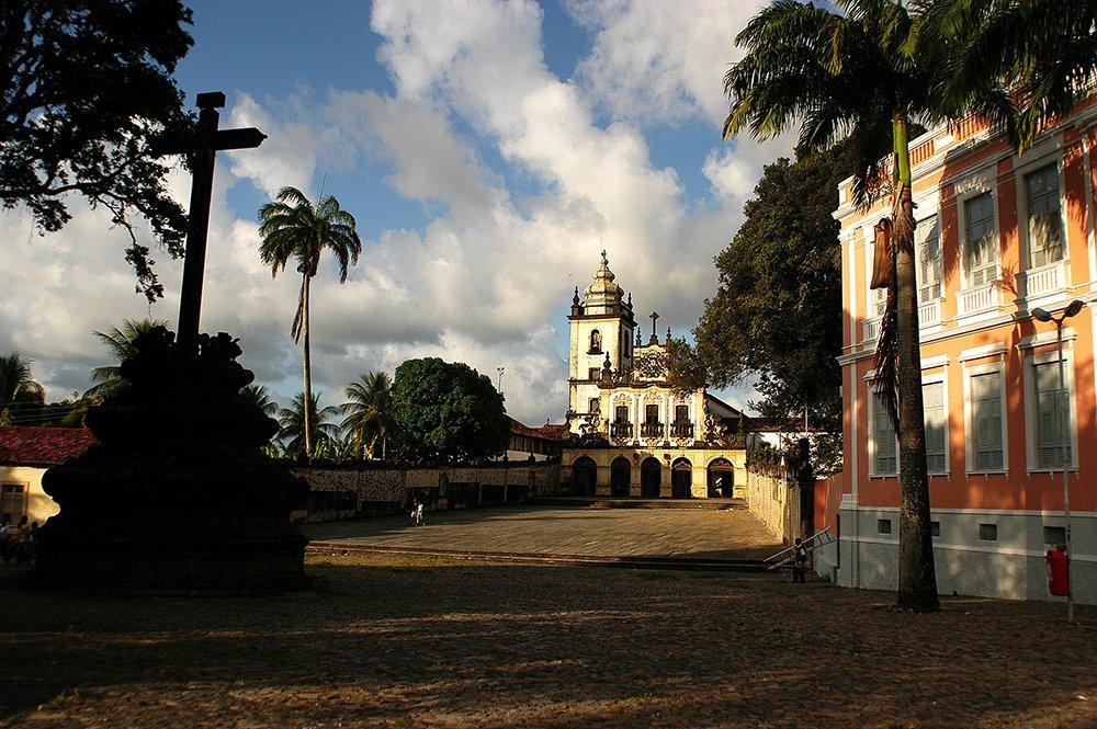 imagem da Igreja de São Francisco, no litoral da Paraíba
