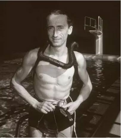 imagem do jovem Jacques Cousteau