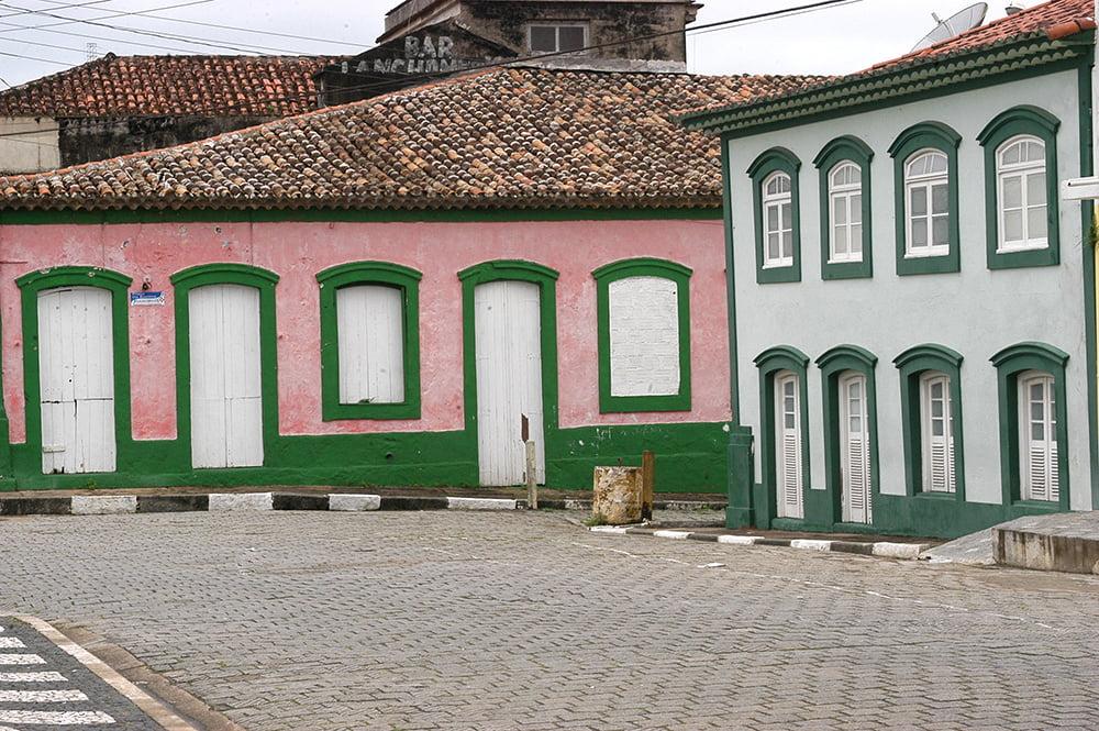 imagem de casaria nativo em Iguape, Litoral centro, e sul de São Paulo
