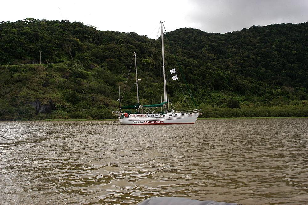 imagem do veleiro Mar Sem Fim no Ribeira de Iguape, Litoral centro, e sul de São Paulo
