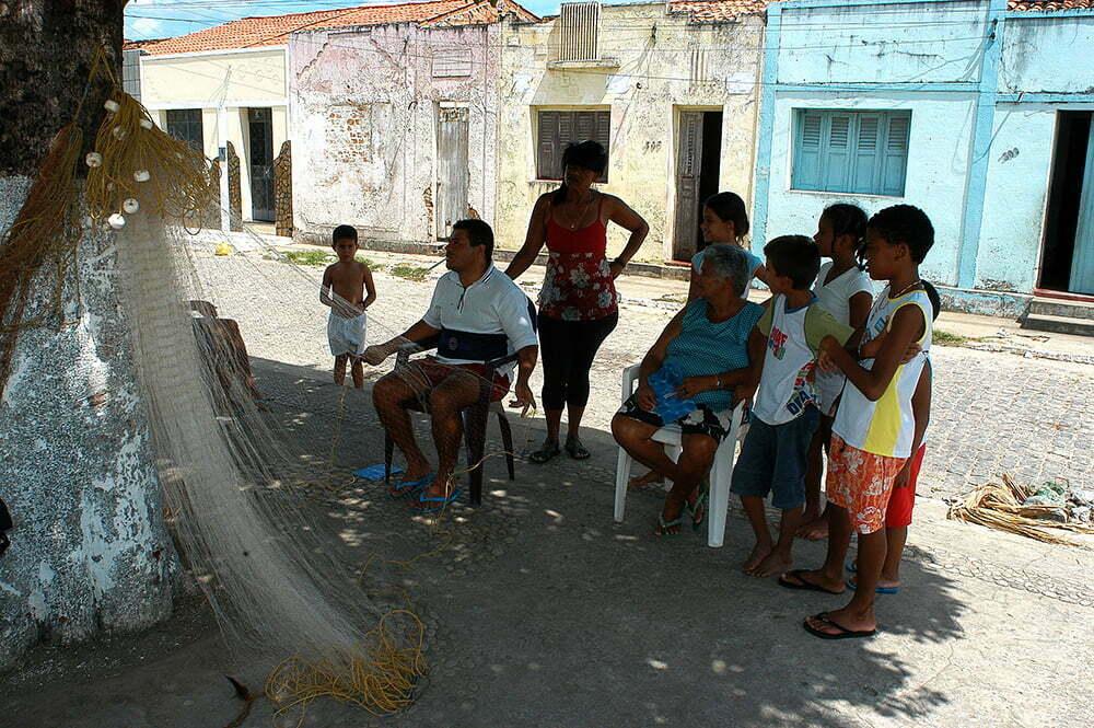 imagem de Pescador e família, Piçabuçu, Alagoas