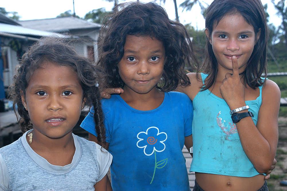 Imagem de Meninas do Cassiporé, litoral do Amapá