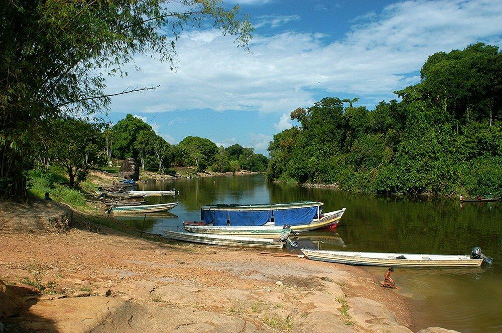 imagem de rio no Oiapoque, litoral do Amapá